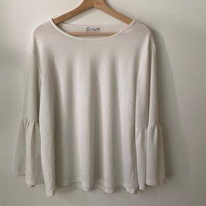 Jacqueline De Yong white blouse / trumpet sleeve
